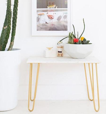 mesa-auxiliar-patas-horquilla