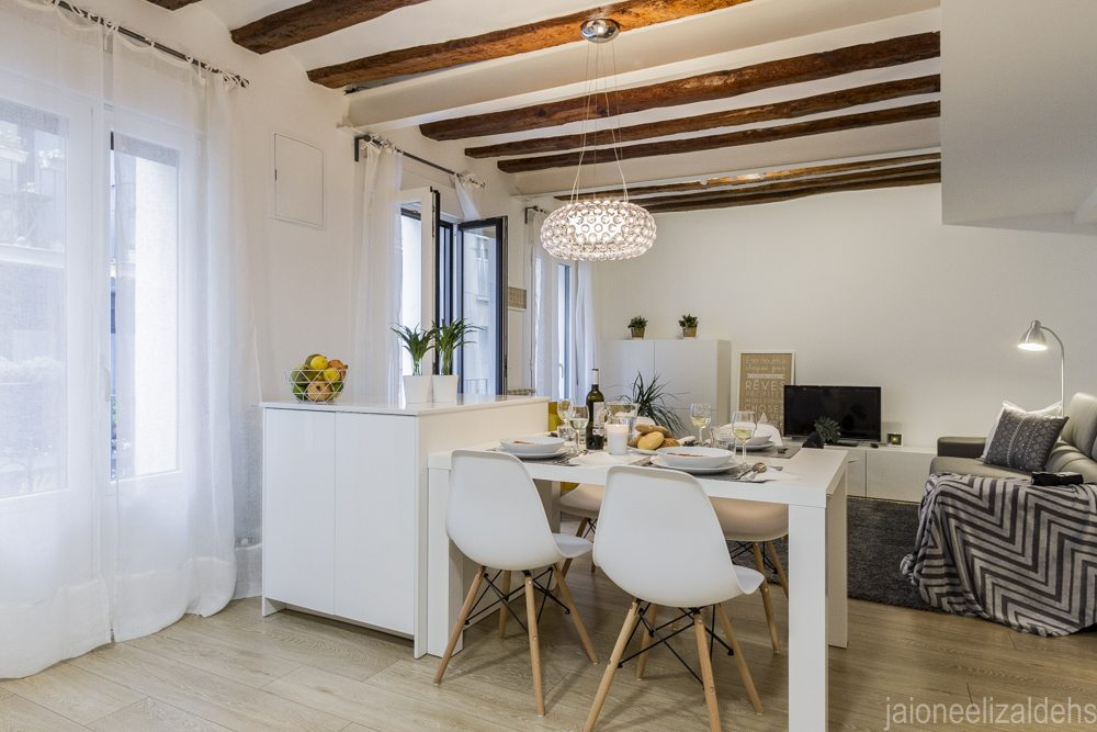 Home Staging Center Pamplona Apartment