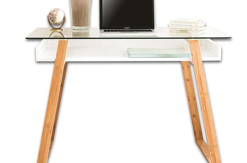 Mesa de madera y cristal de diseño nórdico