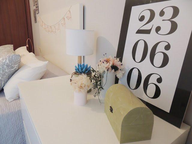 Antes y despues habitacion principal (Blanco y de madera)