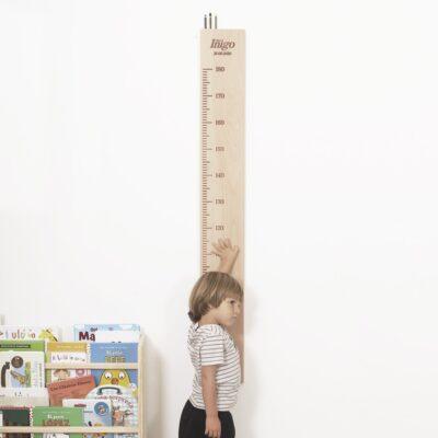 Medidor infantil madera